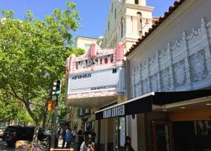 HanaHaus' Main Entrance on University Avenue Jason Lopata/The Stanford Daily