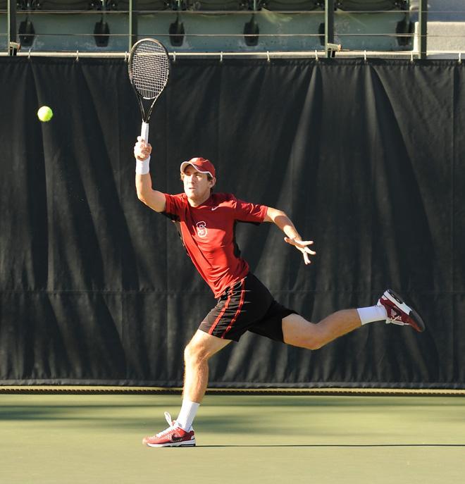 mens tennis clinch share - 660×687