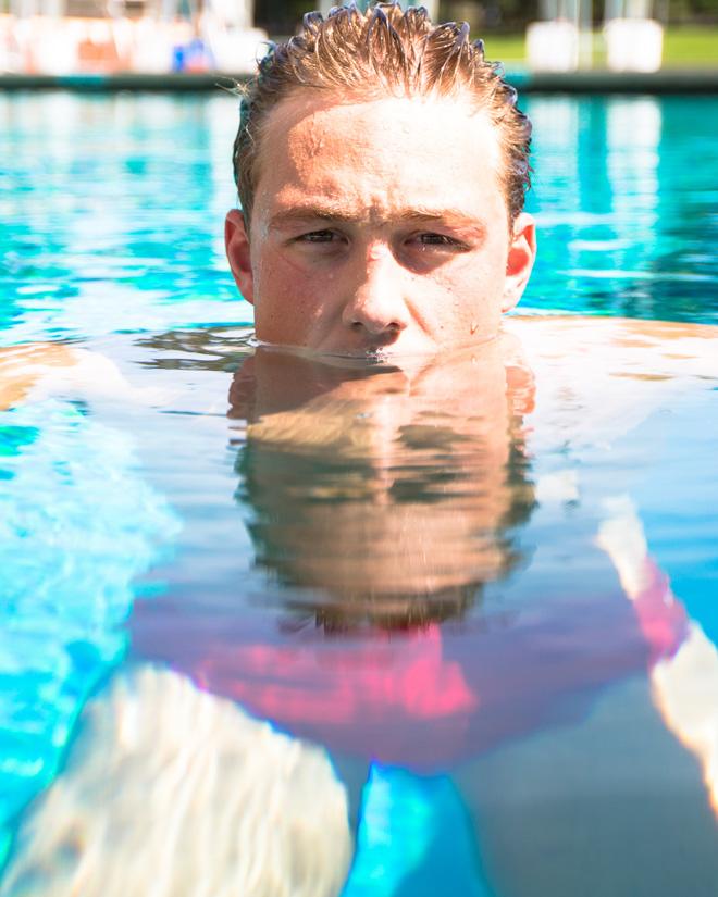 christopher swains swim - 660×825