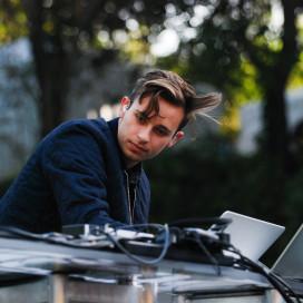 Australian DJ Flume stole the show. RAHIM ULLAH/The Stanford Daily