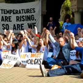 (McKENZIE LYNCH/The Stanford Daily)