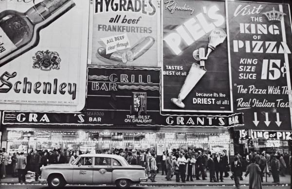 "Frank Paulin's ""Grant's Bar, New York."" Courtesy of Cantor Arts Center"