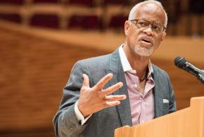 Faculty Senate talks U.S. universities, arts at Stanford