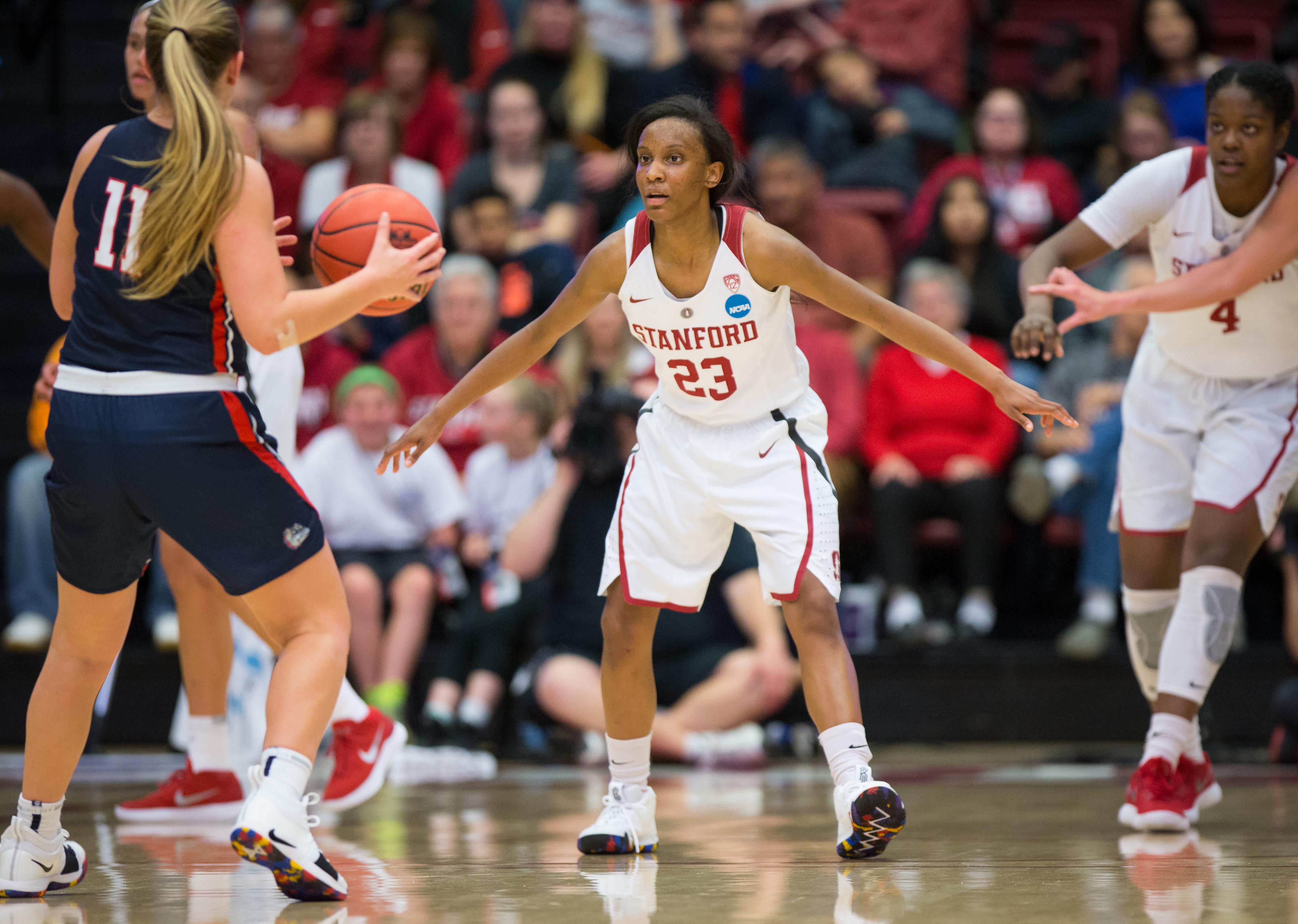 Women's basketball tames Bulldogs, advances to NCAA Round of 32