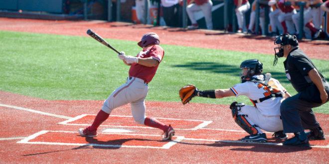 No. 2 baseball drops series against No. 3 Oregon State