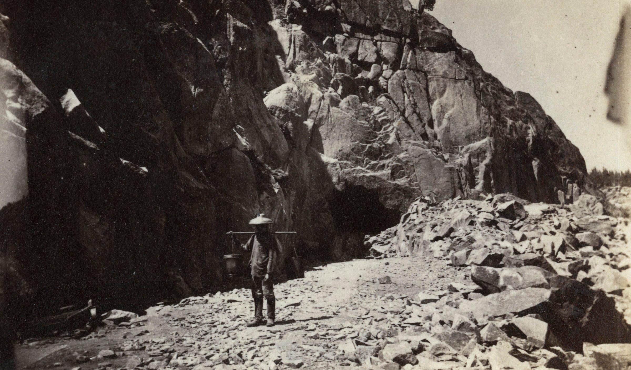 The in railroad 1800s workers Railroads in