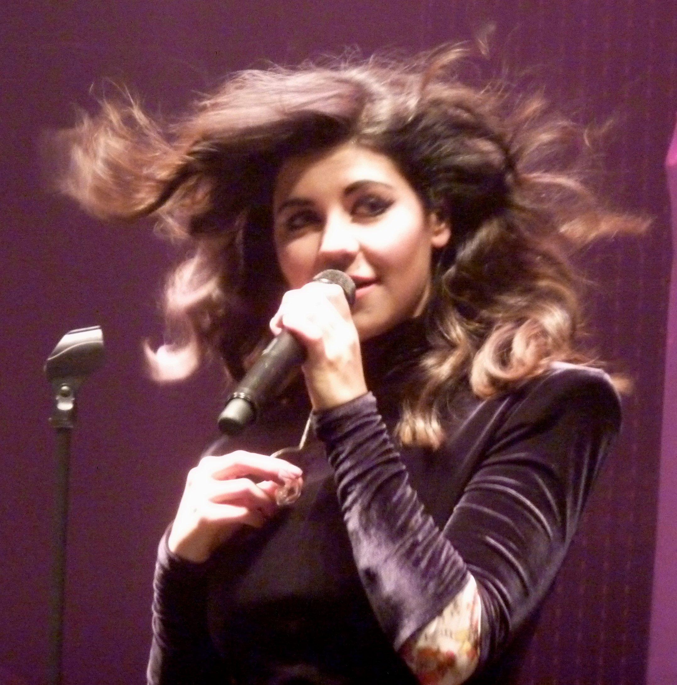 Photo of musical artist MARINA